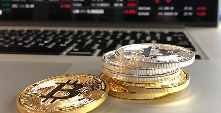 bitcoins-cryptocurrency-exchange-graph-pexels730559.jpg__740x380_q85_crop_subsampling-2